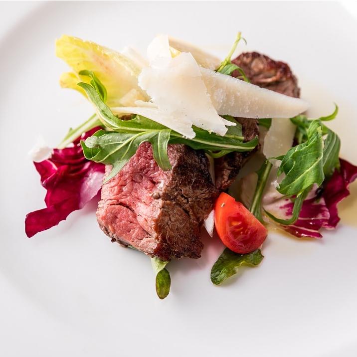 3種お肉のステーキ 季節の焼き野菜を添えて